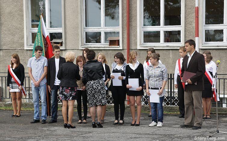 Rozpoczêcie roku szkolnego w ZS Stary Targ